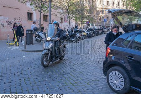 Rome, Italy - March 28, 2021, Masked People In The Square During The Pandemic (covid2019) In Rome, I