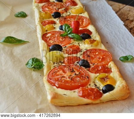 Tasty And Delicious Pizza Fresh And Healthy Food Fast Food Lunch Dinner Breakfast Baked Homemade Rec