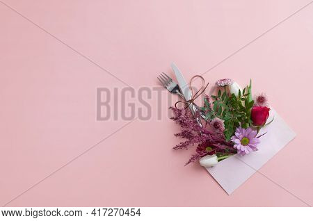 Flpwers Inside An An Envelope With Cutlery, Dinner Gift Invitation, Wedding, Anniversary, Mothers Da