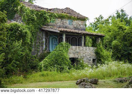 Old Demolished Stone House. Mediterranean Style House, From Kotli, Istria, Croatia