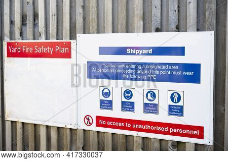 Shipyard Health And Safety Message Rules Sign Board Signage On Fence Boundary