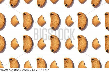 Seamless Pattern With Crunchy Croutons Isolated On White Background. Homemade Crusty Bread Slices. T