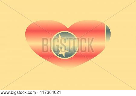 Abstract Flag Of Tennessee (usa State) In Grunge Heart Shaped. Pastel Background. Grain.