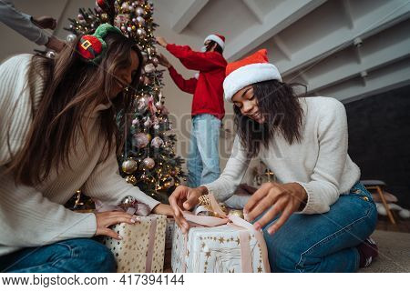 Beautiful Girl Exchange Gifts For The New Year.