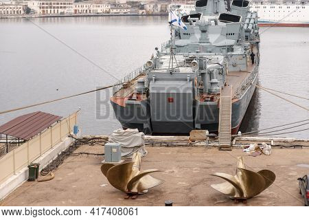 Sevastopol. Russia. December 2020. Guard Ship Sharp-witted With New Propellers. Large Anti-submarine