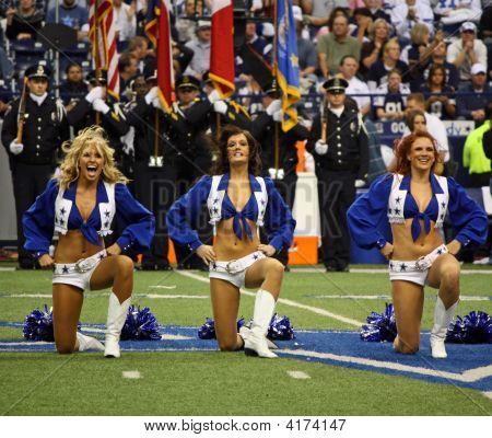 Cowboys Cheerleaders Pregame