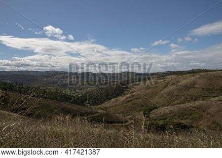 Rolling Hills And Dry Bushveld In Kwazulu-natal, South Africa