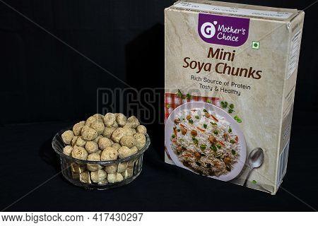 Bangalore, Karnataka, India- January 15th 2021; Stock Photo Of Mini Soya Chunks Kept In Glass Bowl W