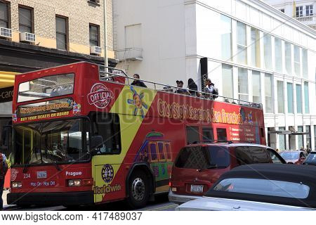 San Francisco, California / Usa - August 25, 2015: A Tourist Bus In San Francisco City, San Francisc