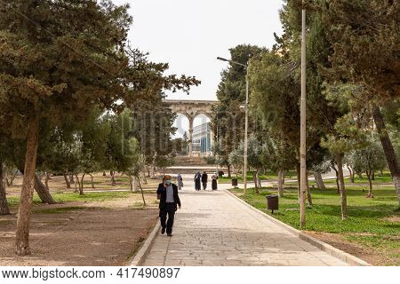 Jerusalem, Israel, March 3, 2021 : View Of The Canyors - Stone Arches On The Stairs Leading To The D
