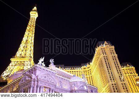 Las Vegas, Nevada / Usa - August 27, 2015: Paris Hotel In Las Vegas, Nevada, Usa