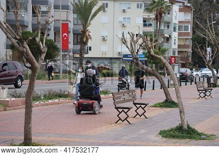 Alanya, Turkey, April 19, 2021. Alanya Busy Waterfront On Monday Evening And Mood