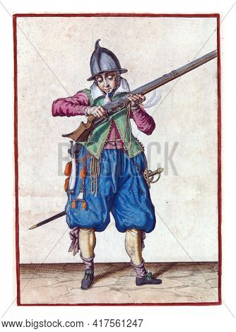 A full-length soldier who holds a rudder  to his mouth with both hands and blows over it, to get rid of any powder that has fallen outside the pan