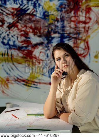Female Artist. Inspiration Muse. Art Studio. Creative Process. Drawing Lesson. Pretty Thoughtful Wom