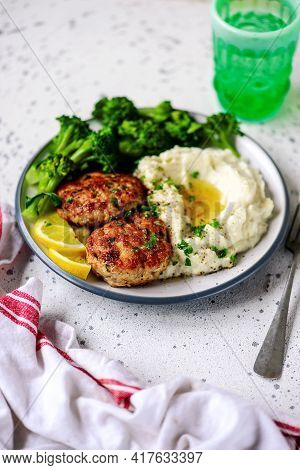 Homemade Chicken Cutlets With Mashed Potatoes..selective Focus