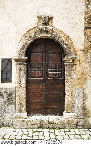 Old Wooden Italian Door In The Small Village Of Scanno