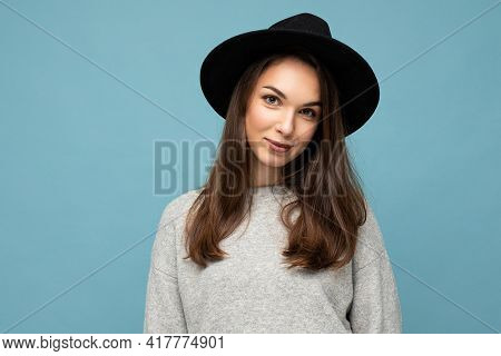 Photo Portrait Of Young Beautiful Smiling Hipster Brunette Woman In Trendy Pullover And Black Hat. S