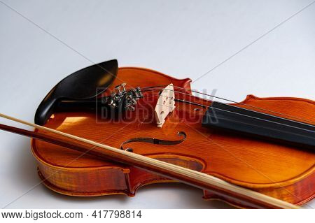 Vintage Violin With Bow White Background Music