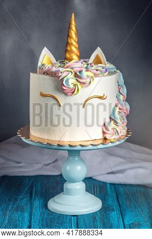 Cake Photo And Cake Design. Cake Images. Chocolate Cake