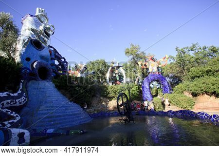 Capalbio (gr), Italy - September 01, 2017: The Popess And The Magician Statue In The Garden Of Tarot