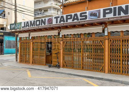Playa De Palma, Spain; April 20 2021: Spanish Tapas Bar In Playa De Palma, On The Island Of Mallorca