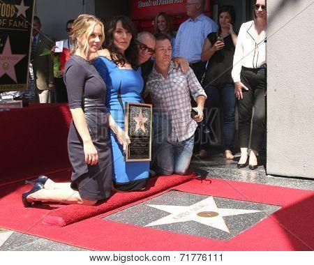 LOS ANGELES - SEP 9:  Christina Applegate, Katey Sagal, Ed O'Neill, David Faustino at the Katey Sagal Hollywood Walk of Fame Star Ceremony at Hollywood Blvd. on September 9, 2014 in Los Angeles, CA