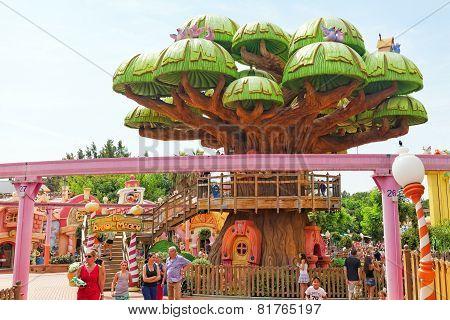 PORT-AVENTURA, SPAIN - SEPT, 06:Amusement park in Spain near Salou- Port Aventura.