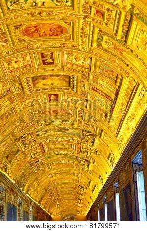 ITALY,ROME - AUGUST 19 , 2010 : Vatican Museums - Gallery Of Vatican. Italy, Rome