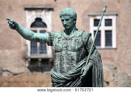 Statue Caesar Augustus Patriae Pater, Rome, Italy