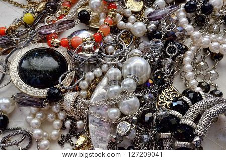 Loads of Jewelry, baubles, necklaces, pearls, bracelets, pins, stones, shiny things