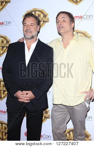 LAS VEGAS - APR 12:  Russell Crowe, Shane Black at the Warner Bros. Pictures Presentation at CinemaCon at the Caesars Palace on April 12, 2016 in Las Vegas, CA