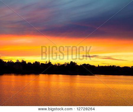 Wolke Sonnenaufgang am Morgen