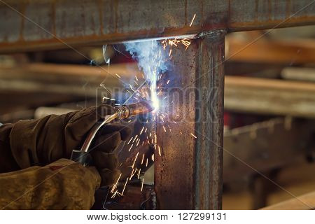 Semi-automatic Welding In Shielding Gases