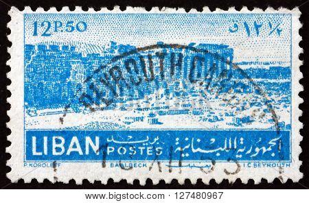 LEBANON - CIRCA 1952: a stamp printed in Lebanon shows Ruins at Baalbek circa 1952