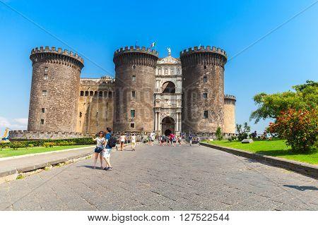 Castel Nouvo, Medieval Castle In Naples