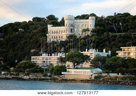 Beautiful Palace On Rocky Hill