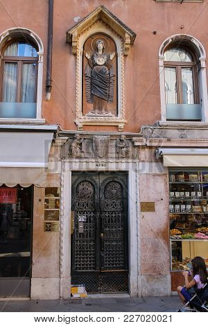 Venice, Italy - August 13, 2016: Ancient Architecture Of Historic Center In Venice, Italy