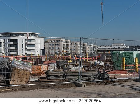 Frankfurt, Germany-february 14, 2018: Construction Site Of Several Residential Buildings In The New