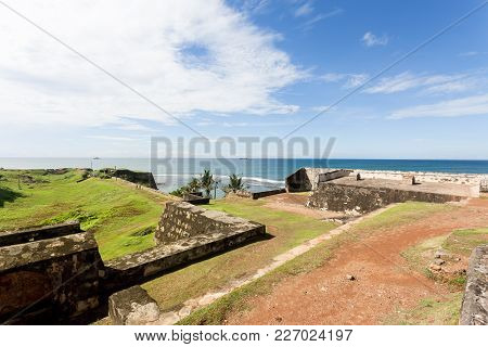 Sri Lanka, Asia, Galle - Visiting The Medieval Town Wall Of Galle