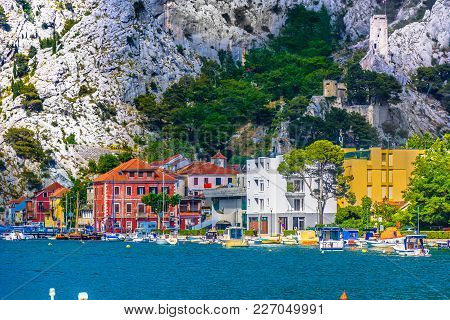 Seafront View At Omis Medieval Town Beneath Biokovo Mountain, Croatia Europe.