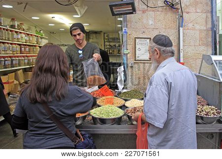 Jerusalem, Israel - December 1, 2017: Man Is Selling Tea At Machane Yehuda Market In Jerusalem, Isra