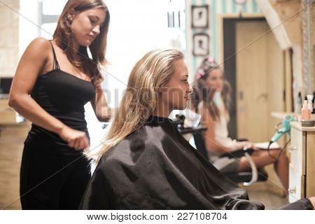 Beauty at the hair saloon