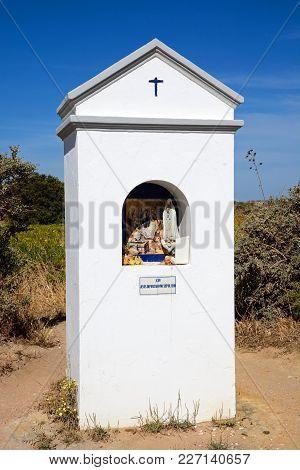 Small White Religious Roadside Shrine, Ponta Da Piedade, Algarve, Portugal, Europe.