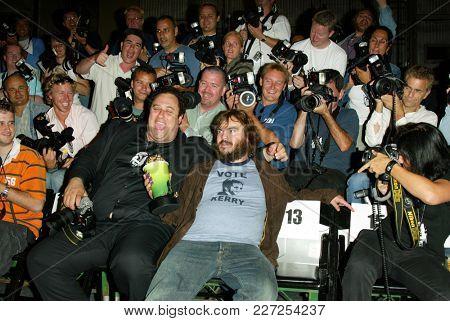 LOS ANGELES - JUN 05:  Jack Black arrives to the Mtv Movie Awards  on June 5, 2004 in Culver City, CA.