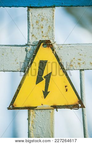 Sign Lightning, Stop Kill, Triangle, Yellow Background High Voltage Electricity, Danger