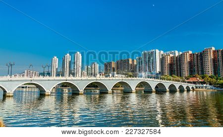 Lek Yuen Bridge, A Pedestrian Footbridge In Sha Tin, Hong Kong - China