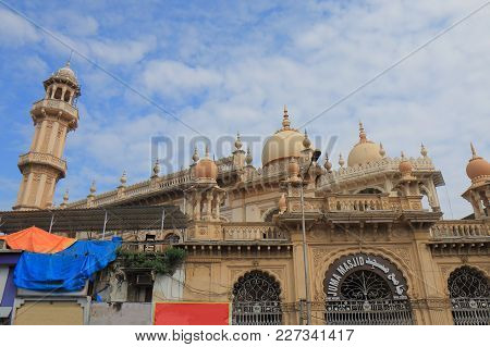 Umbai India - October 11, 2017: Historical Building Juma Masjid Mosque Mumbai India