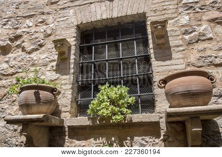 Historic House Of Spello, Medieval City (perugia, Umbria, Italy): Window