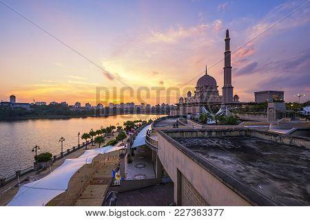 Beautiful Sunset At Putra Mosque, Putrajaya Malaysia With Colorful Clouds