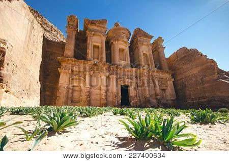 Seven Wonders Of New World. Petra - Jordan. Buildings In The Rock. Beautiful View On A Old Buildings